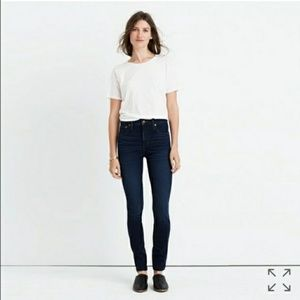 Madewell 10 in high rise jeans in Hayes dark wash